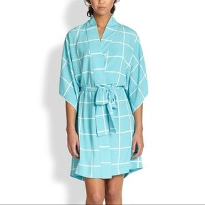 NWT Natori Windowpane Robe Blue White